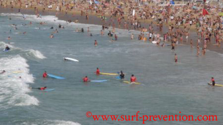 J'apprends le surf… par drapeau rouge !!!