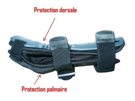 Protection dorsale + palmaire du poignet du snowboardeur. Copyright Skimeter.