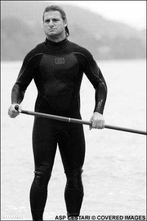 Les surfeurs professionnels aussi font du SUP !