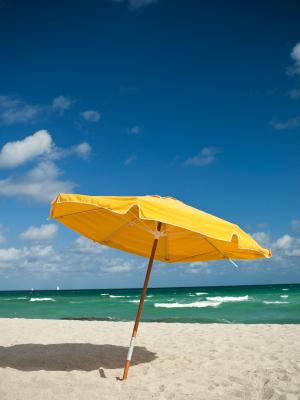 Accident de parasol : un mort sur la Côte d'Azur