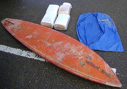 Trafic de drogue sur planche de surf…