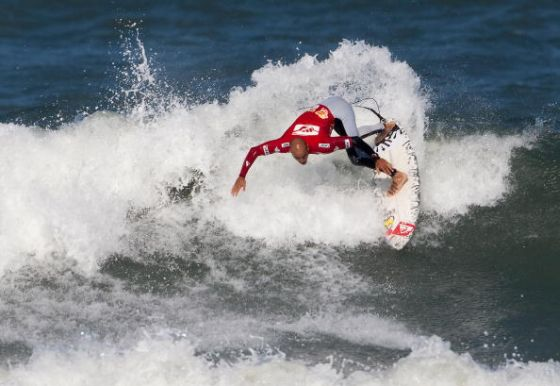 Hang Loose Pro : Kelly Slater back on track !