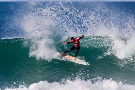 JEFFREYS BAY, SOUTH AFRICA - JULY 14: Joel Parkinson of Australia surfs to victory during the final of the Billabong Pro on July 14, 2009 in Jeffreys Bay, South Africa. (Photo by Kirstin Scholtz/ASP/CI via Getty Images)