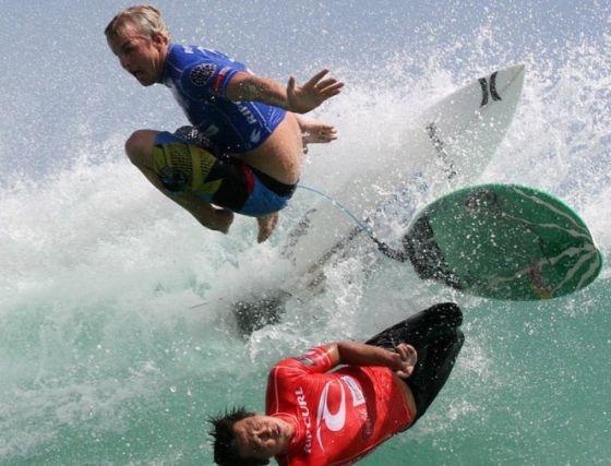 Collision entre 2 surfeurs non casqués…