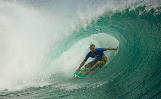Jamie O' gagne la Rip Curl Cup Invitational à Padang