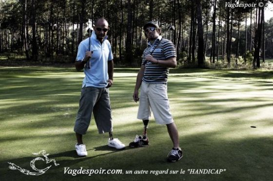 Ismael Guilliorit de l'association Vagdespoir pendant le tournoi de Golf Enjoy N Care