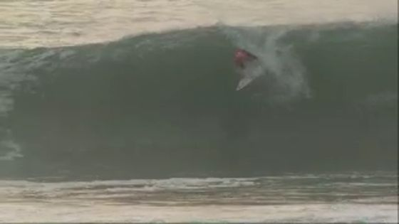 Owen Wright : comment se perforer le tympan en surf ?