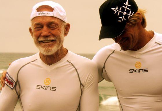 Don Wildman : portrait d'un jeune surfeur de 76 ans !