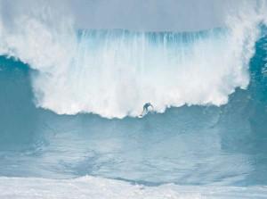 Sauvetage du surfeur Archie Kalepa à Jaws