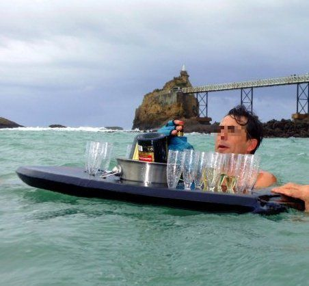 Alcool + Froid + Bain (ou surf) = Danger !
