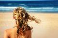 Conseils aux surfeuses pour avoir de beaux cheveux !