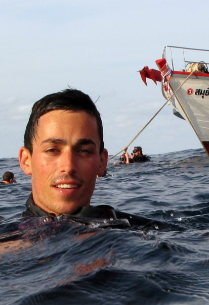 Sébastien Poujade surfeur de Biarritz auteur d'un sauvetage en Australie