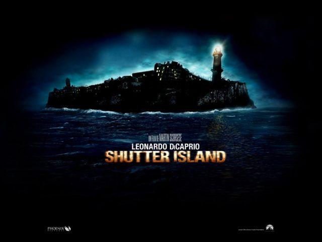 Shutter Island Affiche du film de Martin Scorsese avec Leonardo DiCaprio - tags : ile deserte - asile de fou - film horreur polar thriller - malades mentaux -psychiatres