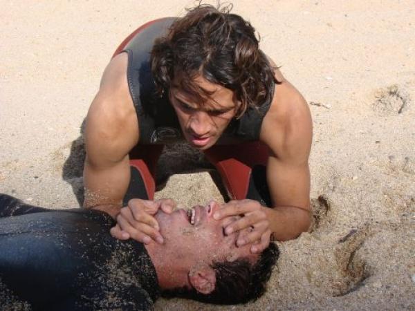 Black-out à Black's Beach : un surfeur sauvé in extremis