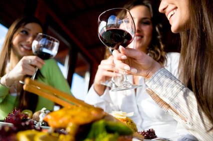 Bientôt du vin dans les restaurants universitaires ???