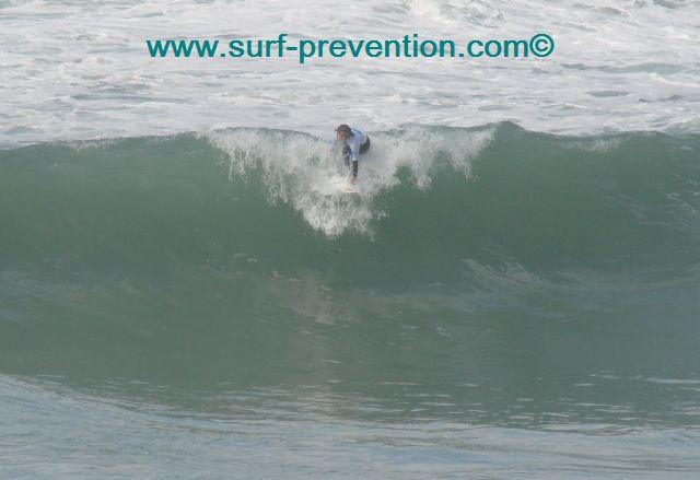 Compétition de Surf Biarritz Maïder Arosteguy : chapeau les filles !