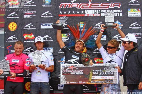 Compétition de surf : Aritz Aranburu gagne au Brésil