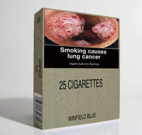 Paquet de cigarette sans logo envisagé en Australie - pas de logo - packaging neutre - images choc - le tabagisme cause le cancer du poumon - smoking causes lung cancer
