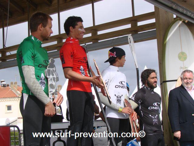 Remise des prix Stand Up World Tour Anglet 2010 - Colin McPhillips - Antoine Delpero - Kai Lenny - Peyo Lizarazu
