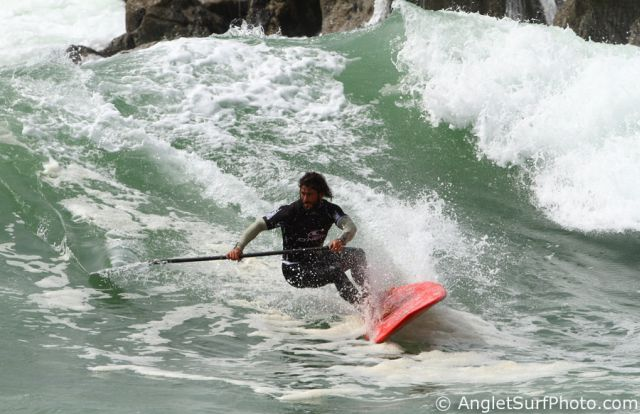 Peyo au bottom en finale a Anglet - SUP World Tour