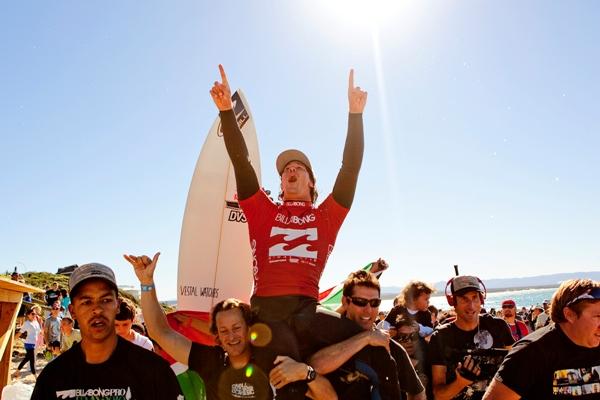 Jeffreys' Bay : Jordy Smith gagne chez lui en Afrique du Sud !