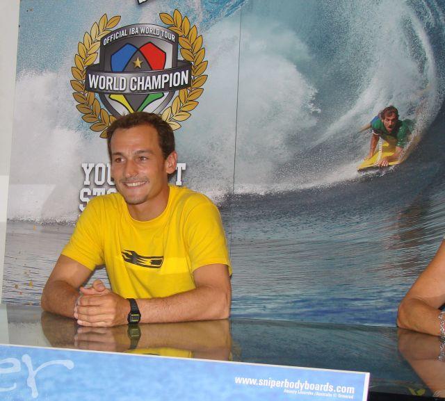Réaction d'Amaury Lavernhe après son titre de Champion du Monde de Bodyboard