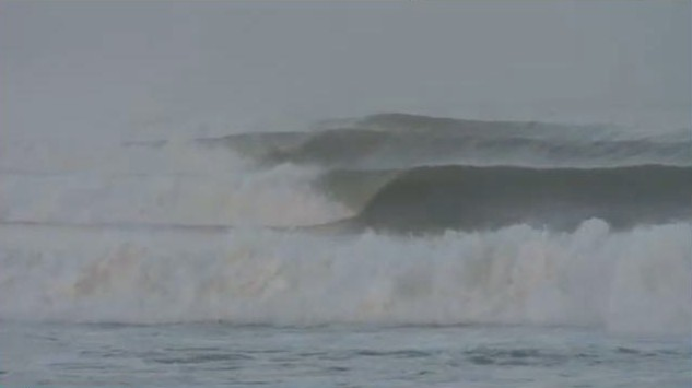 skeleton bay la gauche parfaite en namibie - surfing Skeleton Bay perfect wave