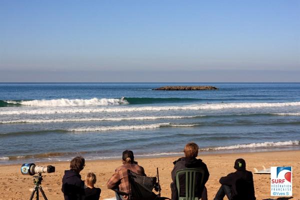 Ras-le-bol : trop de compétition de surf tue le surf…