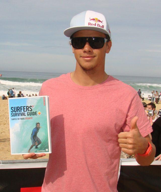Surfers' Survival Guide : approuvé par Julian Wilson !