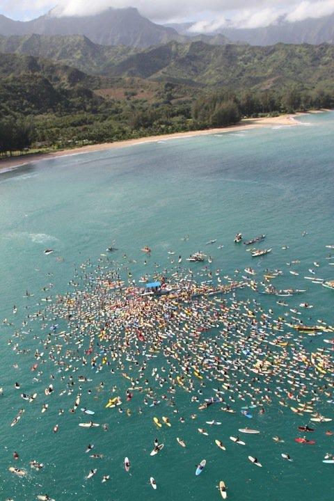 Hommage à Andy Irons à Kauai : l'adieu aux larmes