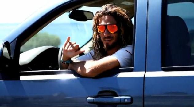 Les surfeurs sont des écolos (épisode 1) : Rob Machado et sa Chevrolet