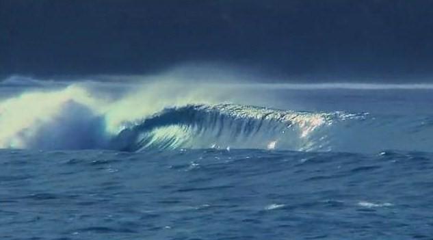 Isolated en Papouasie Nouvelle Guinée : surf trip entre enfer et paradis