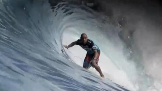 Technique : utilisation des mains dans un tube en surf