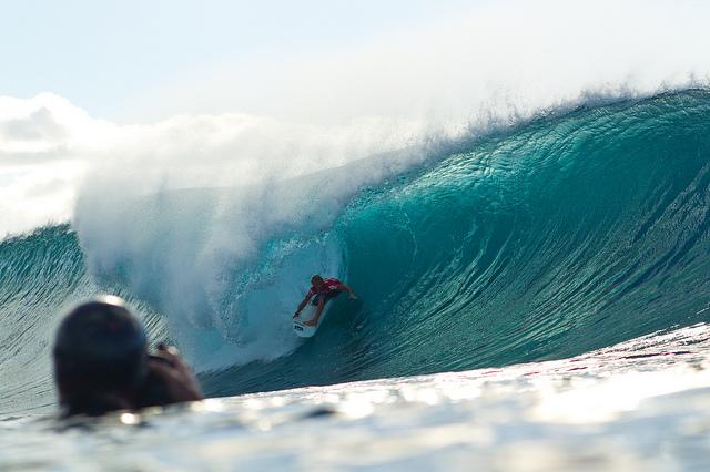 Surf : John John Florence remporte le Volcom Pipe Pro