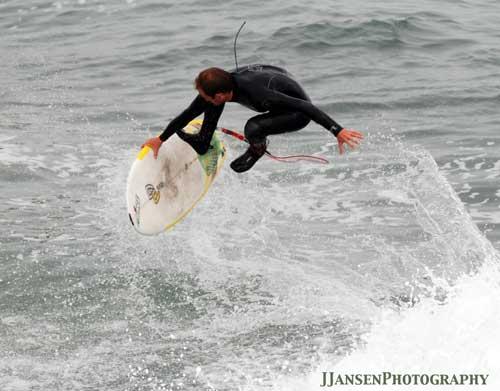 Ces surfeurs qui essayent de faire du skate sur les vagues