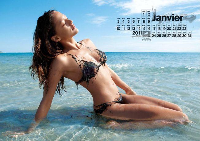 Le calendrier 2011 des sirènes mazoutées par Surfrider Foundation