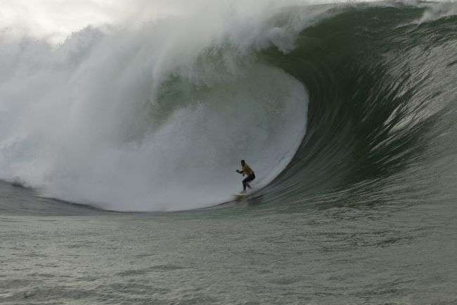 Benjamin Sanchis et Eric Rebiere gagnent le Surf Session Tow-in de Mullaghmore Head