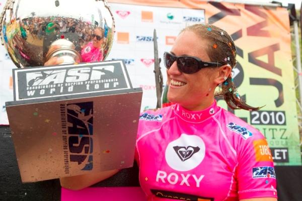 La championne du monde de longboard boycotte la compétition ASP en Chine