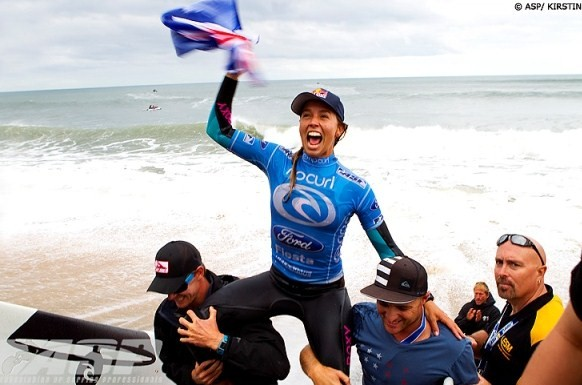 Surf : Sally Fitzgibbons fait sonner la cloche à Bells Beach