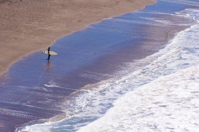 Le surf : une solution pour lutter contre la violence des jeunes ?