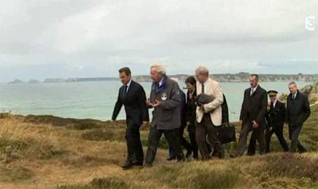 A Crozon, Nicolas Sarkozy parle mer et littoral