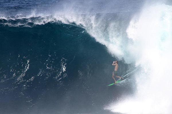 Alcool Prevention : les marques de bière envahissent le monde du surf
