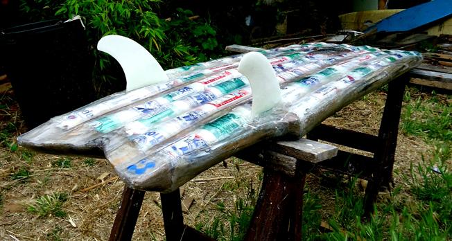 Interview Richard Quinn Morrison, créateur de la planche de surf en canettes de bière recyclées