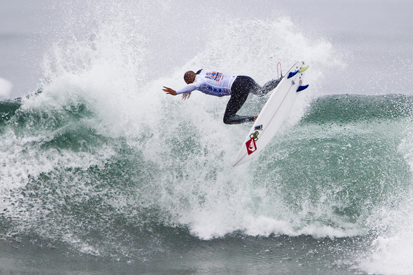 US Open de Surf : Kelly Slater rafle la mise à Huntington Beach