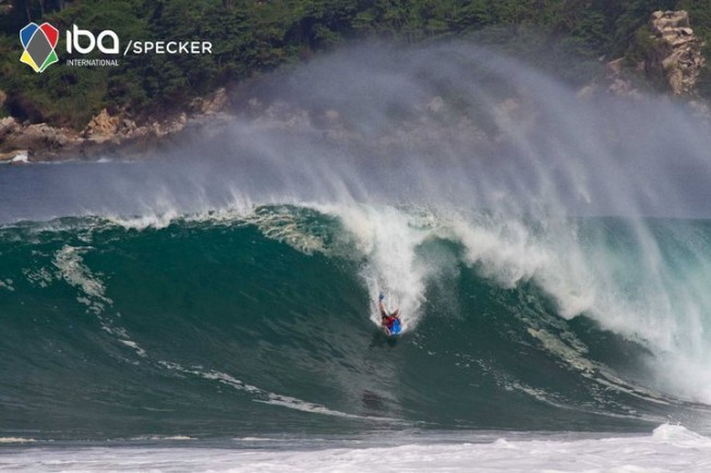 Bodyboard: Pierre-Louis Costes 3e à Puerto Escondido dans des conditions épiques