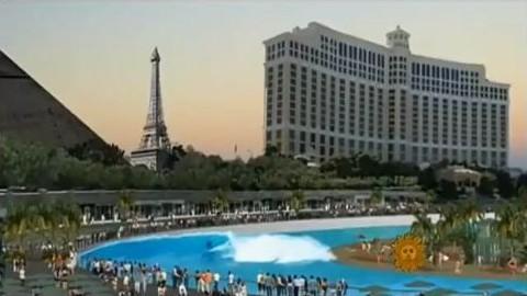 Piscines à vagues : Kelly Slater dévoile son prototype de surf parc