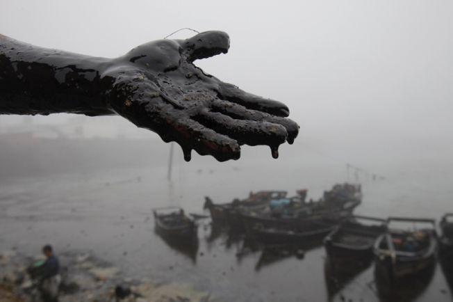 Ces marées noires dont on n'a pas parlé : Chine, Norvège, Écosse…