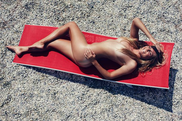La surfeuse Stephanie Gilmore pose nue dans The Body Issue – ESPN