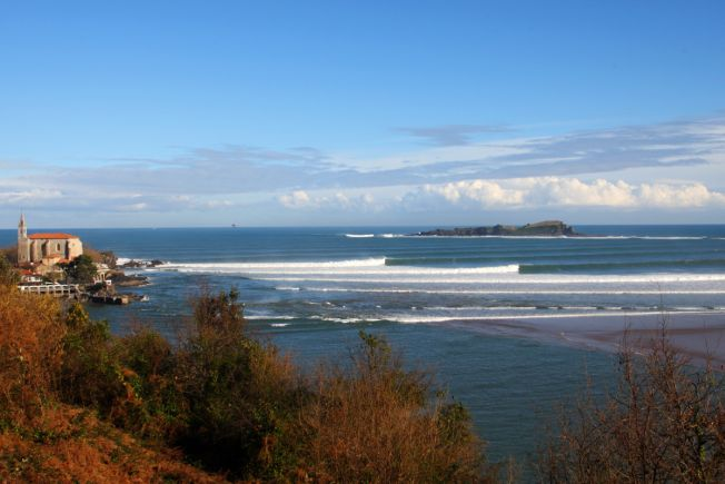 Surfrider propose de faire entrer le surf ou des vagues au Patrimoine de l'UNESCO