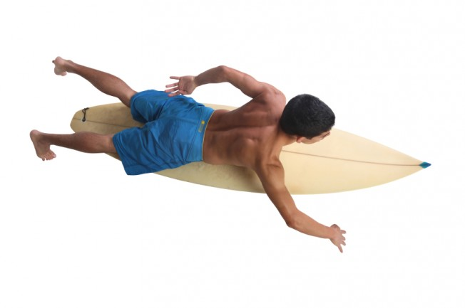 Ostéopathie & Surf : la charnière dorso-lombaire du surfeur